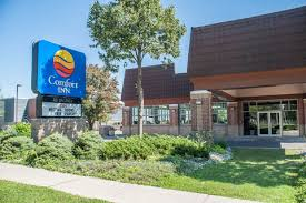 Comfort Inn The Pointe Comfort Inn Hotels In Niagara Falls On By Choice Hotels