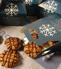 cookie gifts and easy christmas cookie gift ideas mykrusteaz