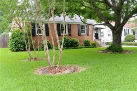 Backyard Paradise Greensboro Nc by 2008 Liberty Drive Greensboro Nc 27408 Mls 836958 Estately
