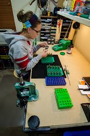 Setting Up A Reloading Bench The 3 Best Reloading Benches U2013 Ideas U0026 Reviews 2017