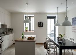 Julianne Moore Apartment - the ultimate starter apartment cobble hill edition remodelista