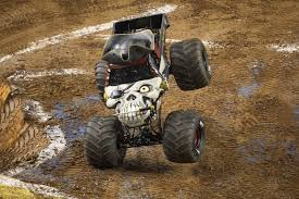 grave digger monster truck costume monster jam 2016 sydney