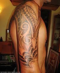 amazing shadows on men u0027s sleeve tribal tattoo tattoomagz