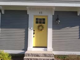 my newly painted yellow front door benjamin moore yellow raincoat