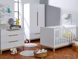 les chambres bebe chambre bébé evidence blanc hêtre chambrekids