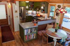 Small U Shaped Kitchen With Island How To Decorate Tiny Gallery Kitchens How To Decorate Small