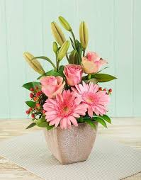 best 25 pink flower arrangements ideas on flower