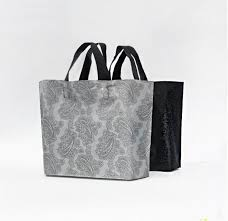 45x35cm sliver plastic gift bag large black boutique carrier