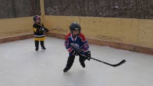 Backyard Hockey Rink by Backyard Hockey Rink Put On Ice After Neighbour Complaints
