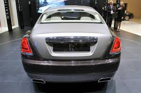 bentley wraith roof rolls royce gives us the wraith