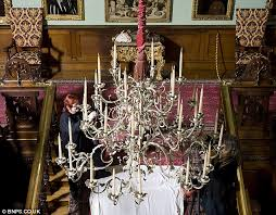 Chandelier Cleaning London Longleat Staff Avoid Only Fools And Horses Moment While Cleaning