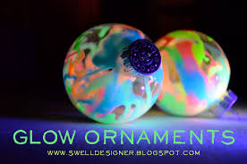 diy glow in the ornaments