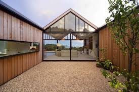 photo 5 of 10 in 10 homes with large well ventilated courtyards