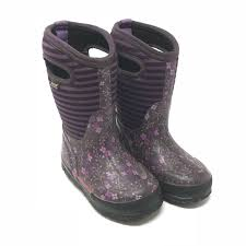 bogs s boots size 9 63 bogs other bogs winter boots size 9 from
