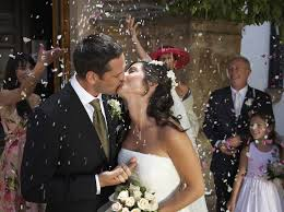 wedding rice throwing rice and confetti articles easy weddings