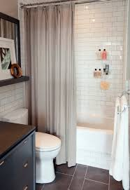 bathroom decorating ideas for small bathrooms small bathroom decorating pictures with white wall tile 22 ideas