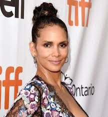 harry berry hairstyle halle berry posts rare photo of her 4 year old son maceo instyle com