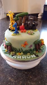 gory halloween cakes the 19 best images about clare c u0027s cake on pinterest