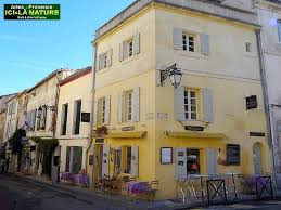 la chambre jaune gogh provence arles the the way and vincent gogh