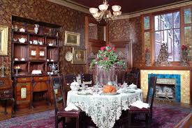 Tall Glass Vase Centerpiece Dining Room Astonishing Victorian Style Dining Room With Round