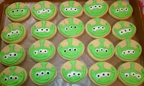 Toy Story Aliens Meme - disney toy story alien cookies disney every day
