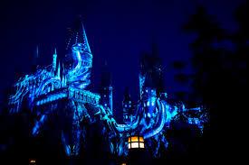 harry potter night light lumos see hogwarts light up at new universal studios hollywood
