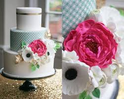 yes you can and sometimes should refrigerate your fondant