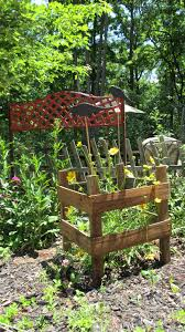 easy to make free standing plant trellis