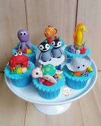 Ocean Cake Decorations 301 Best Animal Cake Toppers Images On Pinterest Biscuits