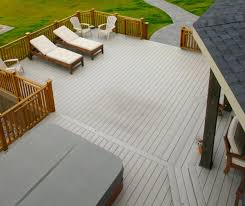 9 tips for designing the perfect deck