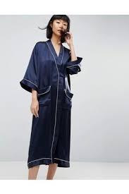 robe de chambre en soie nouvelle collection peignoirs tendances et confortables pour femme