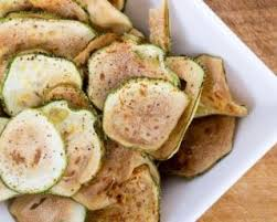cuisiner des courgettes au four recette minceur gourmande chips de courgettes épicées au four