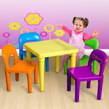 amazon com children and kids table and chairs set includes 4