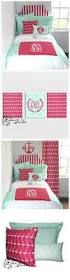 Dorm Wall Decor by Best 25 Dorm Room Walls Ideas On Pinterest College Dorms Dorm