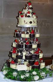 individual wedding cakes cakes renowned iced chocolate wedding cakes designer