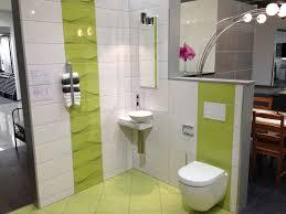große badezimmer fliesen mit bunten design größe und wand ang boden dekoration