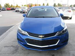 new 2017 chevrolet cruze lt hatchback in clarksville 17177