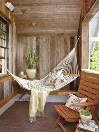h ngematte auf balkon hängematte für balkon und lounge möbel hübsche kissen balkon