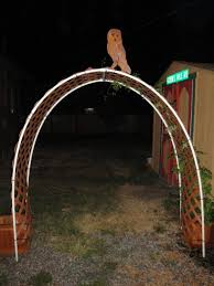 Pvc Pipe Trellis All Things Gardening Forum Trellis Arch Using Vinyl Lattice And