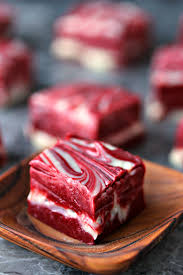 red velvet swirl fudge 4 ingredients cravings of a lunatic