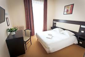 dans la chambre d hotel chambre d hôtel à rennes picture of hotel le florin rennes