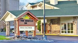 book mountain inn suites gatlinburg pigeon forge hotel