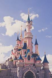 best 25 cinderella castle ideas on pinterest disney cinderella disneyland resort paris