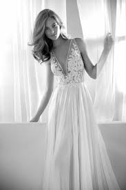 wedding dress on sale new york nyc trunk shows wedding dress sle here comes the guide
