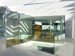 eye catching house 1 130 in spain by estudio entresitio wave