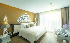 chambre thailandaise chambre de luxe bts phaya petit déjeuner centre thaïlande