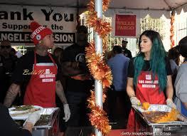 thanksgiving november 2014 kylie jenner u0026 rumoured boo tyga volunteer to feed the homeless
