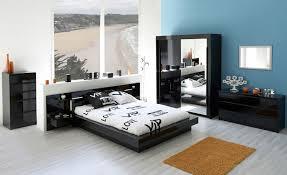 chambre à coucher blanc et noir chambre coucher blanc et noir finest lit gloria laque noir et blanc