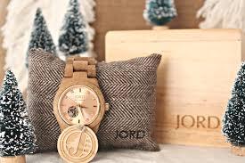christmas gift guide u2013 part 1 jord wood watch u2013 middle sister design