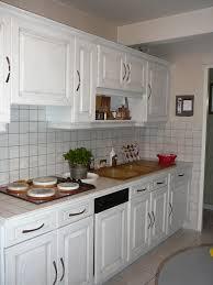 cuisine en chene repeinte relooker une cuisine en bois with relooker une cuisine en bois